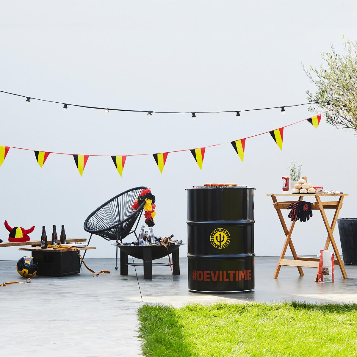 Barbecook Edson BBQ Belgian red Devils, Vuurkorf Modern en snijtafel uit bamboe